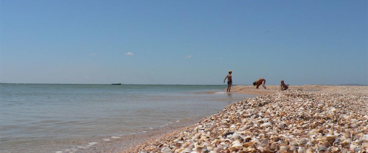 Пляжи Большой Феодосии от гарнизона Приморский до Коктебеля и Лисьей бухты